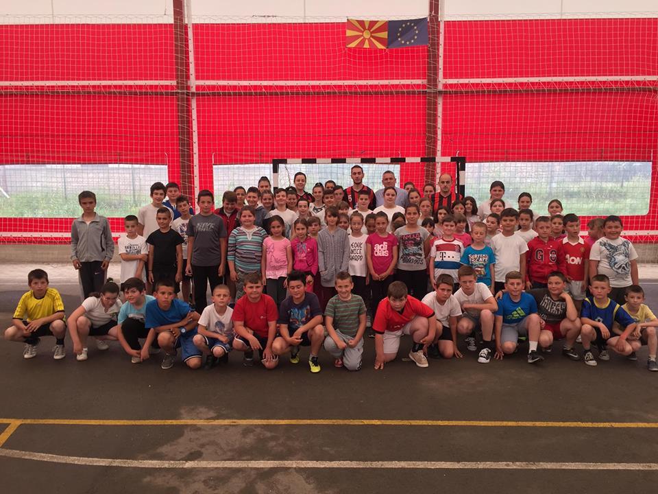 Во Требеништа отворена првата ракометна школа Вардар Седмерец