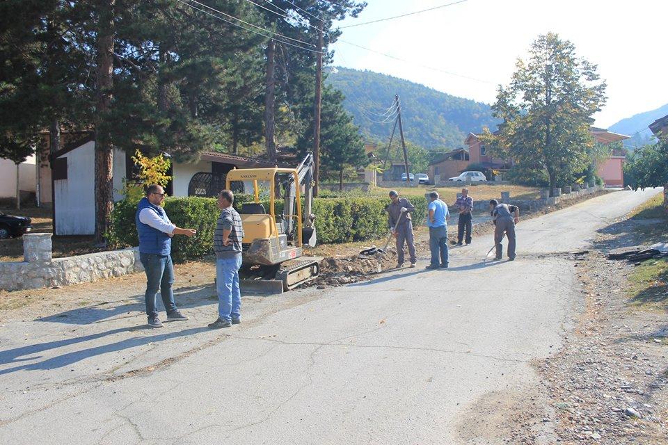 Со средствата обезбедени од грант на ЕУ ИПА се реконструираат улици во с.Мешеишта