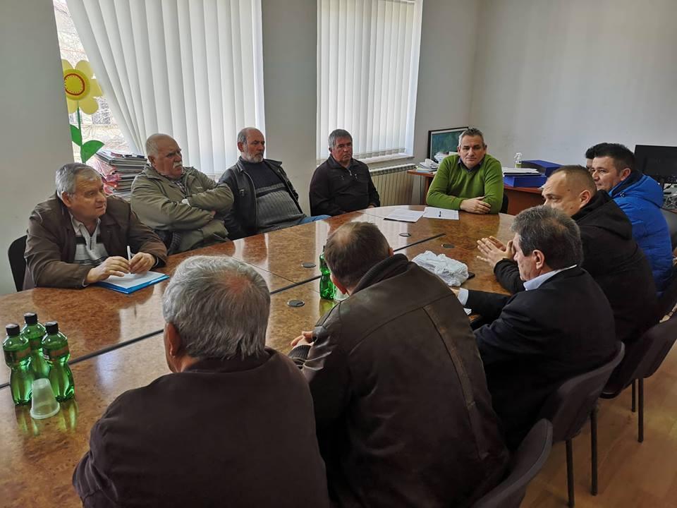 Градоначалникот Ногачески оствари средба со месните заедници и црковните одбори во општина Дебрца
