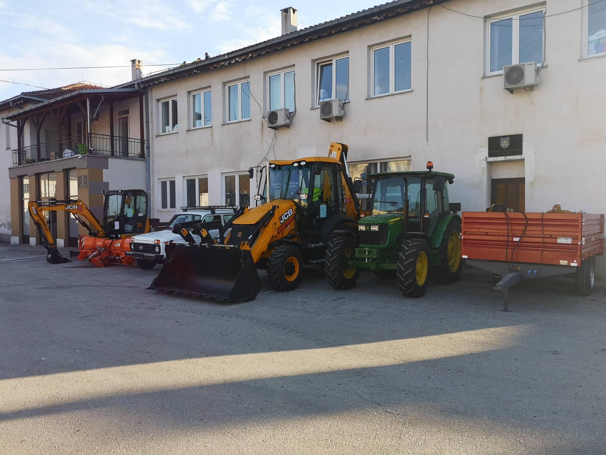Преку EU IPA грант Општина Дебрца набави нова механизација