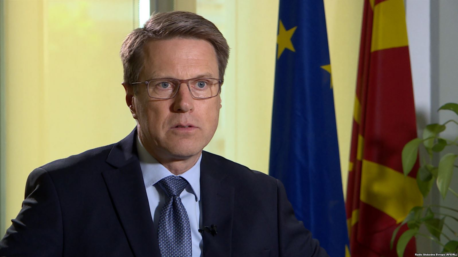 Евроамбасадорот Жбогар во посета на општина Дебрца