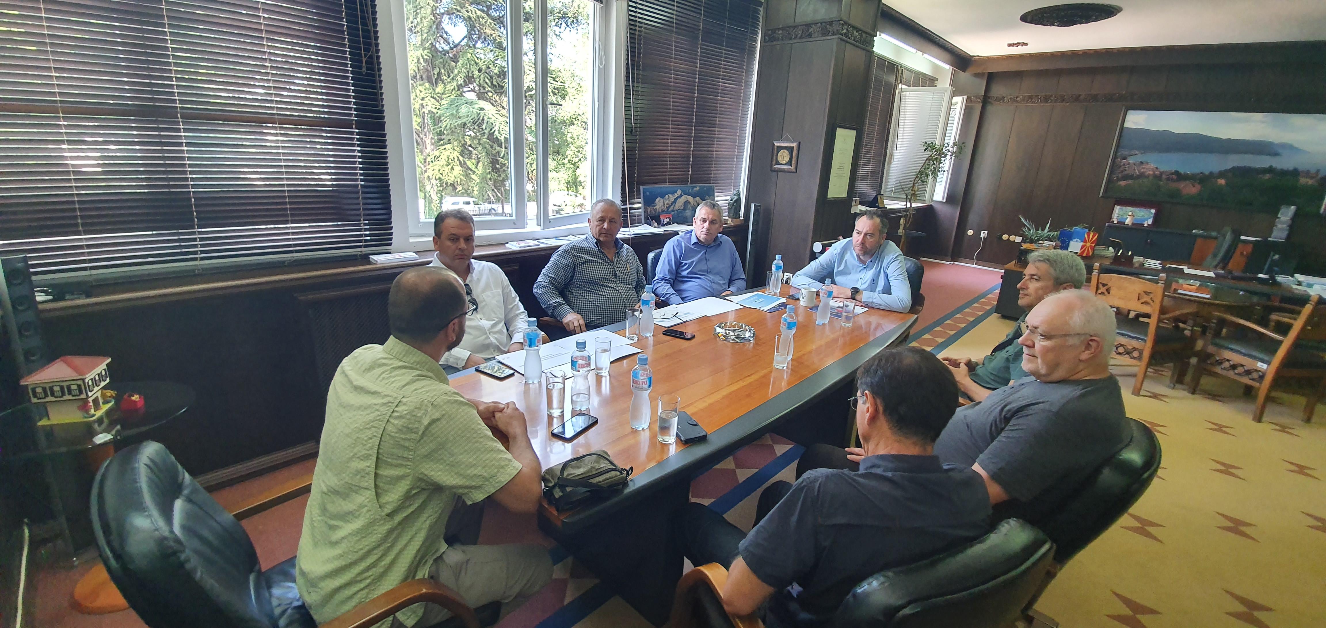"""Одржана работна средба на тема """"Регионот Охридско Езеро – безбедна дестинација за авантуристички туризам"""""""
