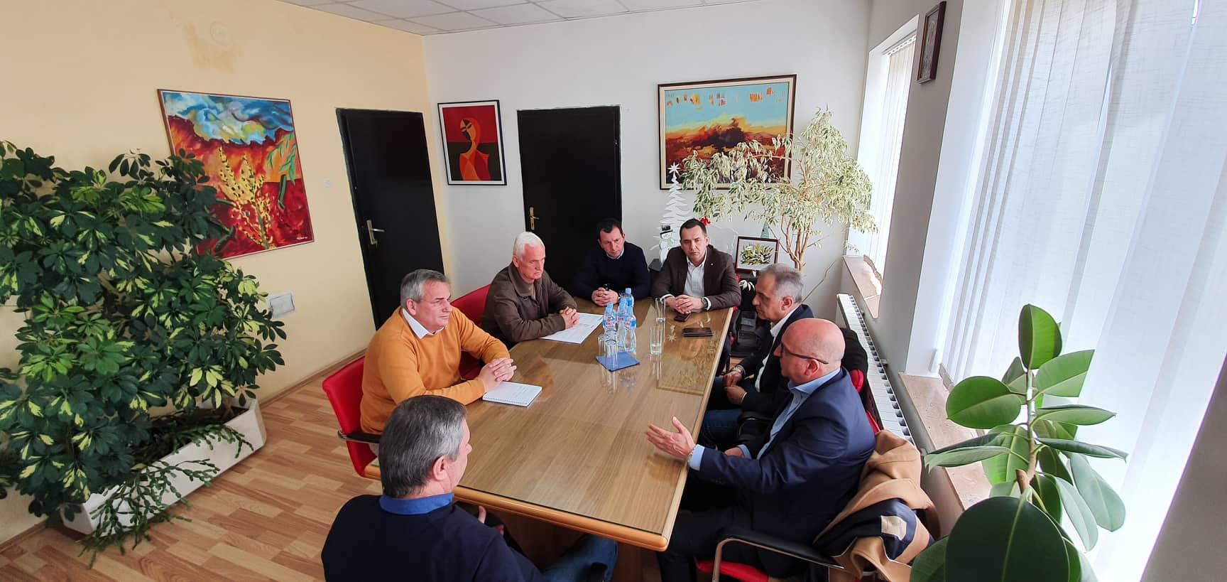 Градоначалникот Ногачески оствари работна средба со министерот Димковски и директорот Бабоски