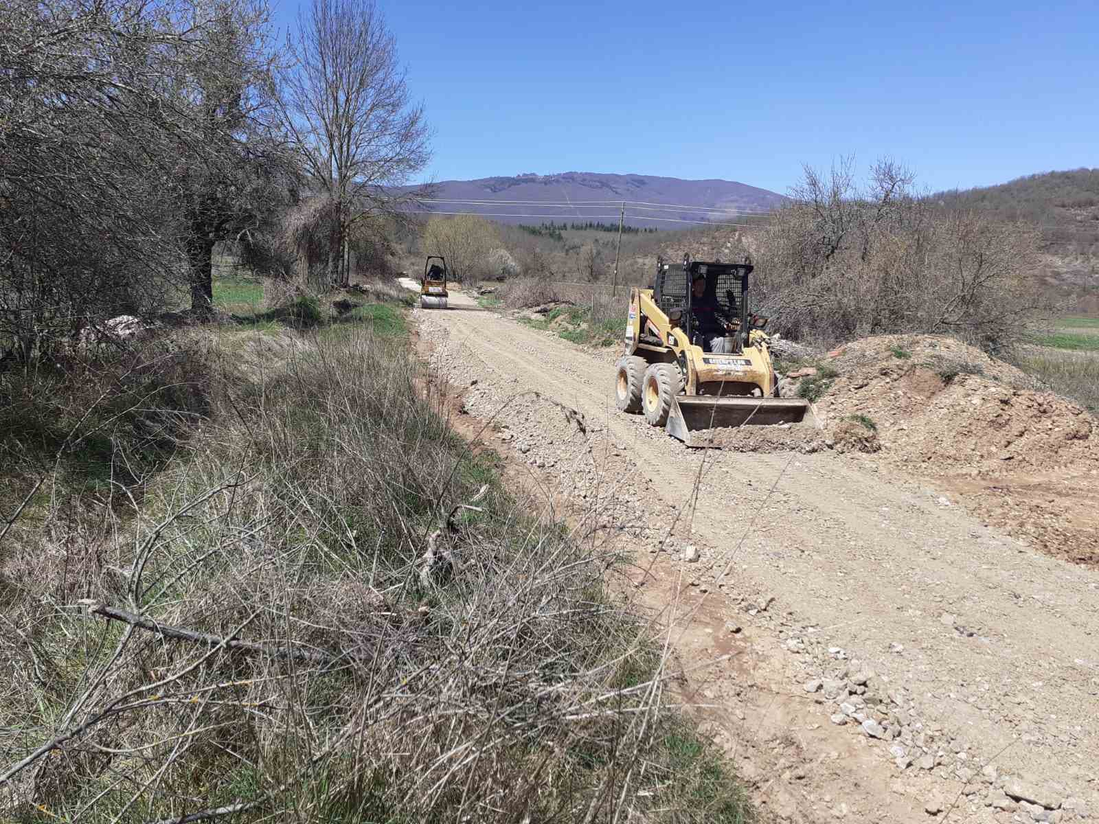 Во општина Дебрца реализирани низа инфраструктурни проекти